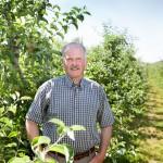 Øhavsfrugt Mikael Bertelsen, Fotograf Ann, billeder på location, billeder i æbleplantage,